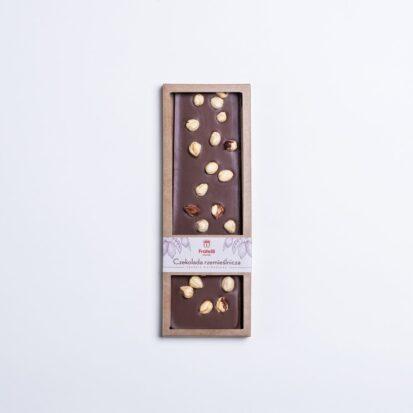 czekolada z całymi orzechami laskowymi
