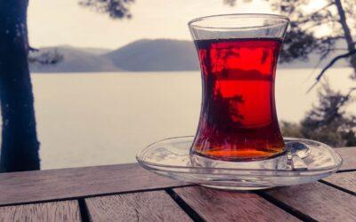 Na co dobra jest czerwona herbata?